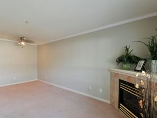 """Photo 4: 34 20890 57 Avenue in Langley: Langley City Townhouse for sale in """"ASPEN GABLES"""" : MLS®# R2362904"""