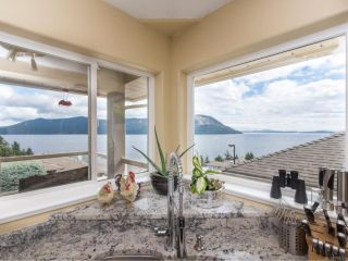 Photo 15: 552 Marine Pl in COBBLE HILL: ML Cobble Hill House for sale (Malahat & Area)  : MLS®# 792455