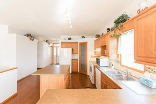 Photo 11: 102 Rutledge Crescent in Winnipeg: Harbour View South Residential for sale (3J)  : MLS®# 202122653