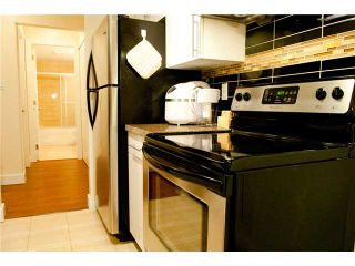 "Photo 6: 117 9847 MANCHESTER Drive in Burnaby: Cariboo Condo for sale in ""BARCLAY WOODS"" (Burnaby North)  : MLS®# V841319"