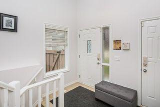 Photo 3: 7325 SINGER Way in Edmonton: Zone 14 House for sale : MLS®# E4253335