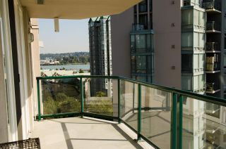 "Photo 12: 1101 10 LAGUNA Court in New Westminster: Quay Condo for sale in ""LAGUNA LANDING"" : MLS®# R2301996"