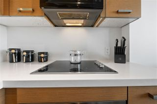 """Photo 11: 1311 10777 UNIVERSITY Drive in Surrey: Whalley Condo for sale in """"CITY POINT"""" (North Surrey)  : MLS®# R2537926"""