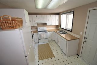 Photo 9: 6738 36A Avenue in Edmonton: Zone 29 Townhouse for sale : MLS®# E4242052