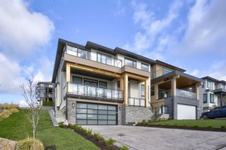"""Photo 1: 2715 MONTANA Place in Abbotsford: Abbotsford East House for sale in """"MCMILLAN / MOUNTAIN"""" : MLS®# R2601418"""