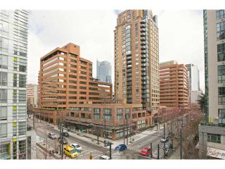 """Photo 5: 504 1212 HOWE Street in Vancouver: Downtown VW Condo for sale in """"1212 HOWE"""" (Vancouver West)  : MLS®# V1054674"""