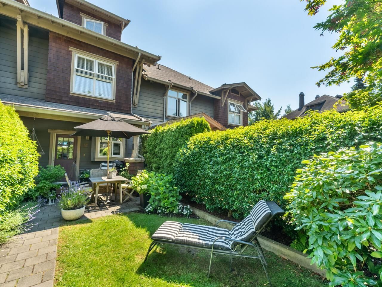 """Main Photo: 227 600 PARK Crescent in New Westminster: GlenBrooke North Townhouse for sale in """"ROYCROFT"""" : MLS®# R2597899"""
