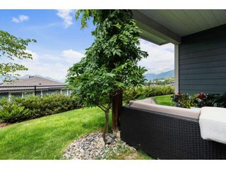 """Photo 37: 37 50634 LEDGESTONE Place in Chilliwack: Eastern Hillsides House for sale in """"The Cliffs"""" : MLS®# R2593109"""