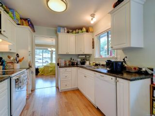 Photo 7: 2249 McIntosh Rd in : ML Shawnigan House for sale (Malahat & Area)  : MLS®# 881595