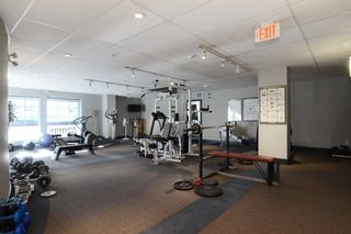 """Photo 39: 212 147 E 1ST Street in North Vancouver: Lower Lonsdale Condo for sale in """"The Coronado"""" : MLS®# R2136630"""