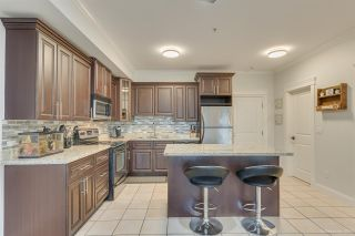 "Photo 5: 201 22363 SELKIRK Avenue in Maple Ridge: West Central Condo for sale in ""CENTRO"" : MLS®# R2516849"
