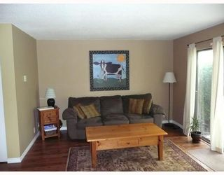 Photo 3: 39 10740 SPRINGMONT Drive in Richmond: Steveston North Townhouse for sale : MLS®# V721588
