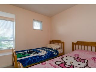 """Photo 13: 6711 PRENTER Street in Burnaby: Highgate Townhouse for sale in """"ROCK HILL"""" (Burnaby South)  : MLS®# R2010743"""