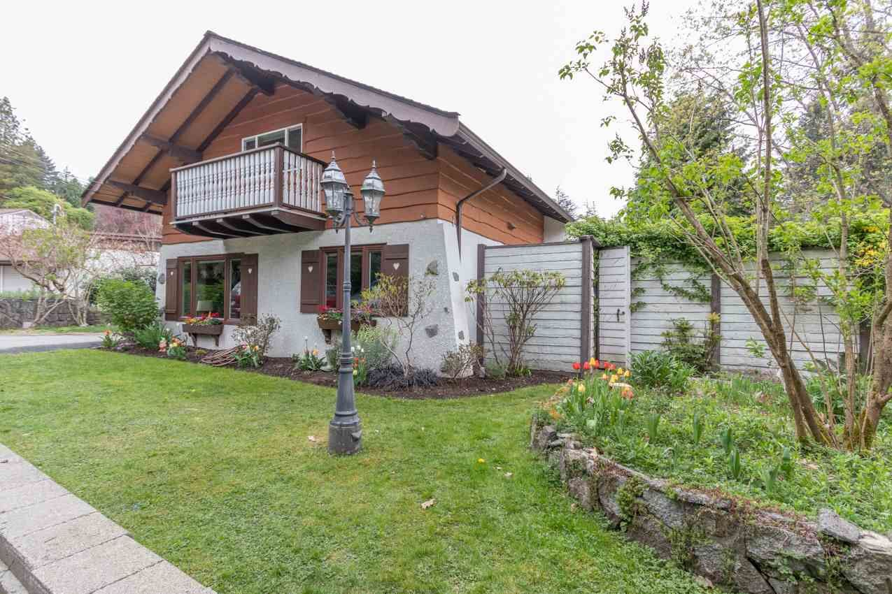 Photo 40: Photos: 1314 MOUNTAIN Highway in North Vancouver: Westlynn House for sale : MLS®# R2572041