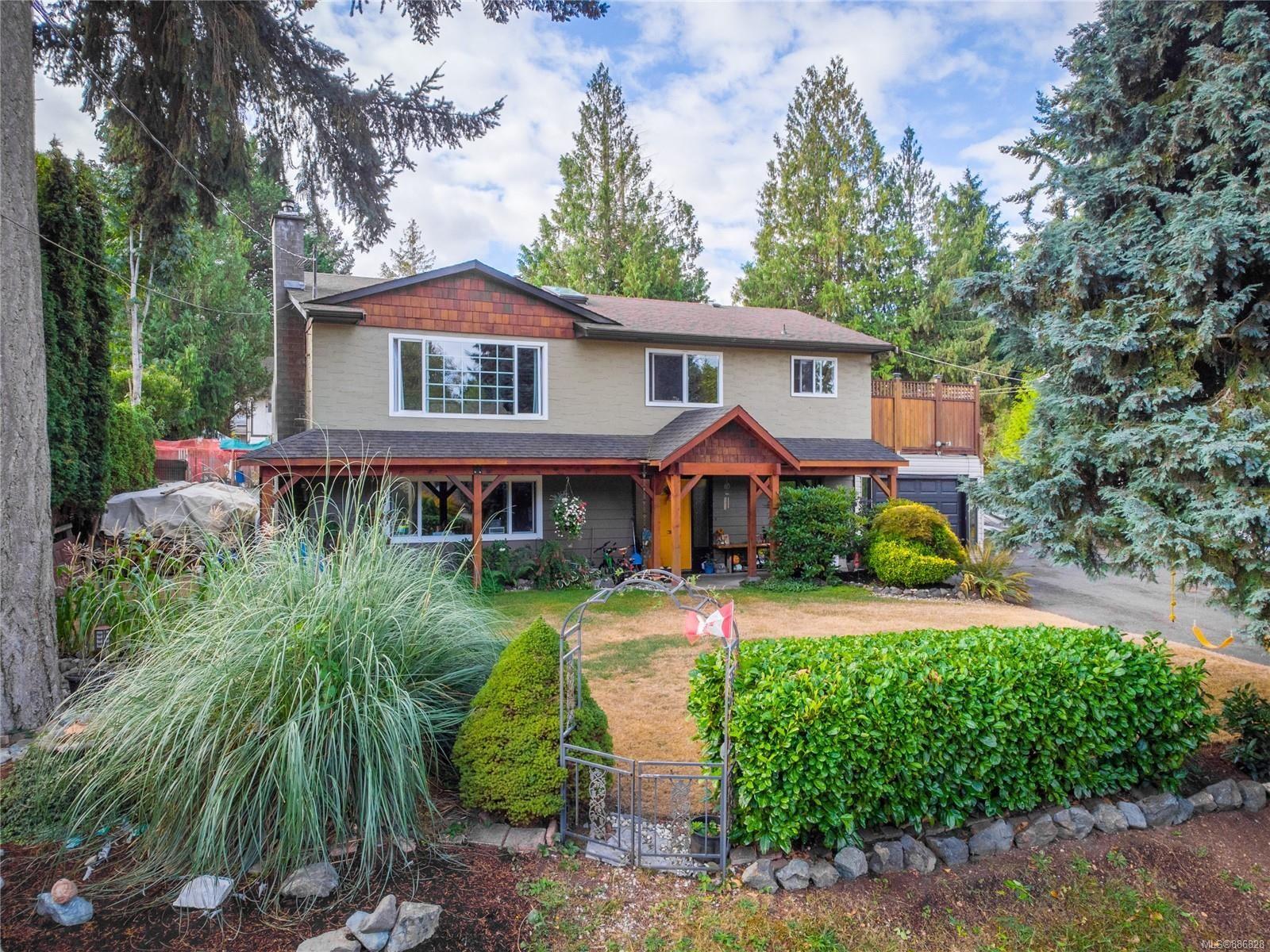 Main Photo: 7305 Lynn Dr in Lantzville: Na Lower Lantzville House for sale (Nanaimo)  : MLS®# 886828