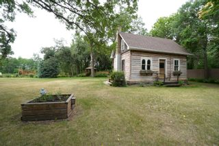 Photo 66: 39066 Road 64 N in Portage la Prairie RM: House for sale : MLS®# 202116718