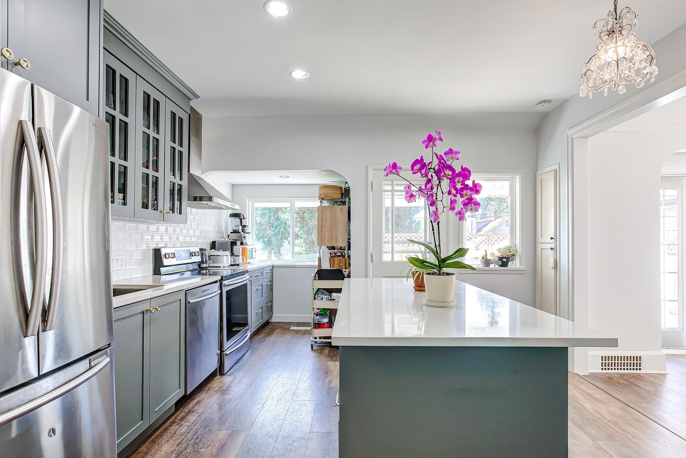 Main Photo: 2984 W 39TH Avenue in Vancouver: Kerrisdale House for sale (Vancouver West)  : MLS®# R2621823
