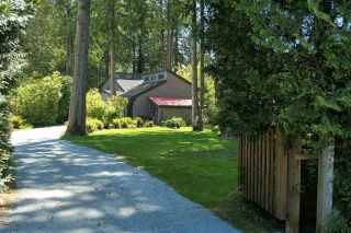 Photo 1: 25430 73 Avenue in Langley: County Line Glen Valley House for sale : MLS®# R2582589