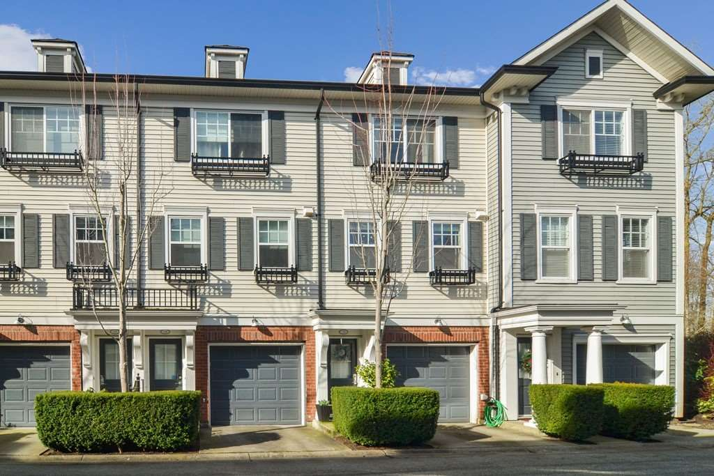 "Main Photo: 15 18983 72A Avenue in Surrey: Clayton Townhouse for sale in ""The Kew"" (Cloverdale)  : MLS®# R2542771"