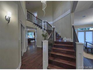 Photo 5: 710 Red Cedar Court in : Hi Western Highlands House for sale (Highlands)  : MLS®# 318998