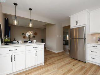 Photo 9: 2944 Robalee Pl in VICTORIA: La Goldstream Half Duplex for sale (Langford)  : MLS®# 810225