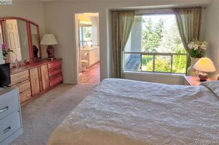 Photo 17: 1 4341 Crownwood Lane in VICTORIA: SE Broadmead Row/Townhouse for sale (Saanich East)  : MLS®# 833554