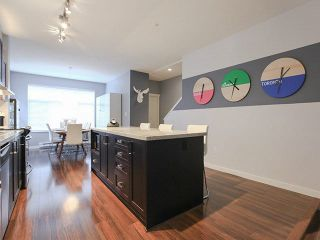 """Photo 8: 709 PREMIER Street in North Vancouver: Lynnmour Townhouse for sale in """"WEDGEWOOD"""" : MLS®# V1138675"""