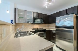 """Photo 8: 307 2741 E HASTINGS Street in Vancouver: Hastings Sunrise Condo for sale in """"THE RIVIERA"""" (Vancouver East)  : MLS®# R2364676"""
