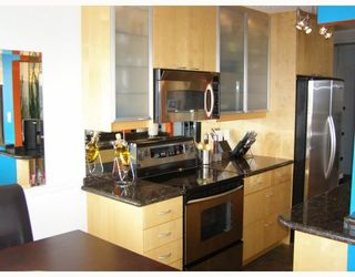 """Photo 4: 803 209 CARNARVON Street in New_Westminster: Downtown NW Condo for sale in """"ARGYLE HOUSE"""" (New Westminster)  : MLS®# V780991"""