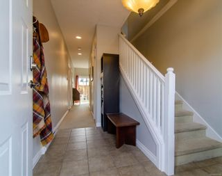 Photo 3: 137 951 Goldstream Ave in : La Goldstream Row/Townhouse for sale (Langford)  : MLS®# 870115