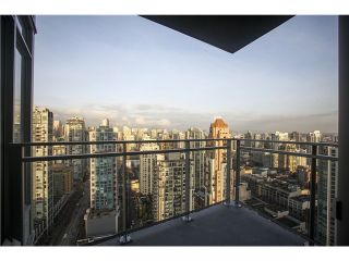 """Photo 12: # 3305 1372 SEYMOUR ST in Vancouver: Downtown VW Condo for sale in """"THE MARK"""" (Vancouver West)  : MLS®# V1042380"""
