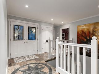 Photo 9: 207 WILLOW RIDGE Place SE in Calgary: Willow Park Detached for sale : MLS®# C4302398