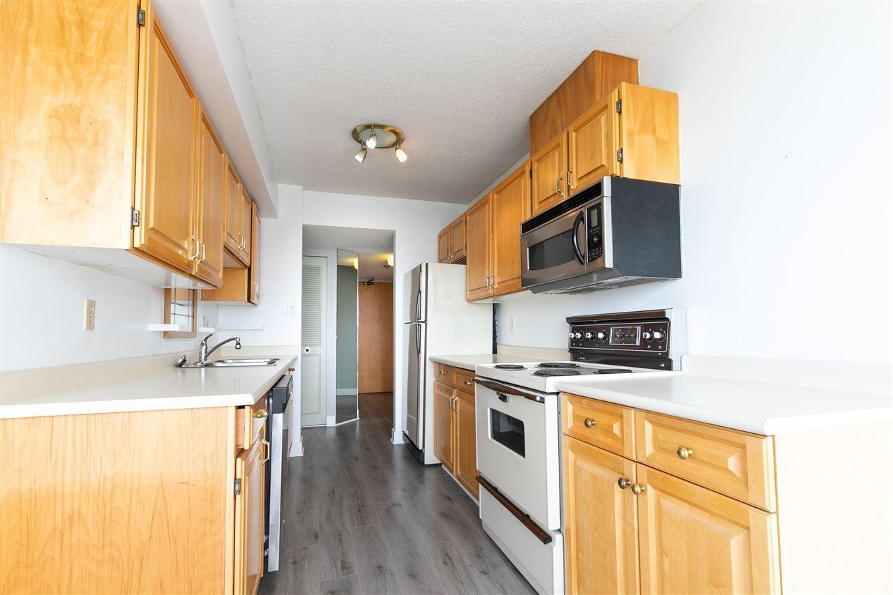 Photo 3: Photos: 1404 7235 SALISBURY Avenue in Burnaby: Highgate Condo for sale (Burnaby South)  : MLS®# R2376853