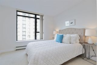 """Photo 18: 604 155 W 1ST Street in North Vancouver: Lower Lonsdale Condo for sale in """"TIME"""" : MLS®# R2335827"""