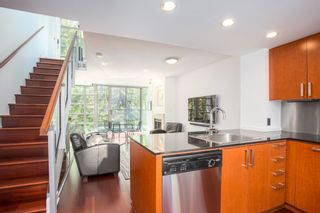 """Photo 22: 320 1255 SEYMOUR Street in Vancouver: Downtown VW Townhouse for sale in """"Elan"""" (Vancouver West)  : MLS®# R2604811"""