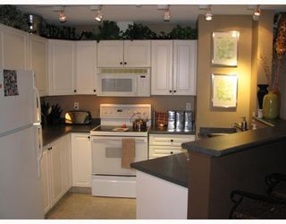 Photo 1: 116 4000 SOMERVALE Court SW in Calgary: Somerset Condo for sale : MLS®# C3365638