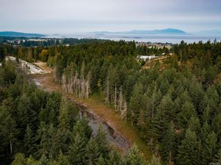 Photo 24: 5918 Oliver Rd in : Na Uplands House for sale (Nanaimo)  : MLS®# 857307