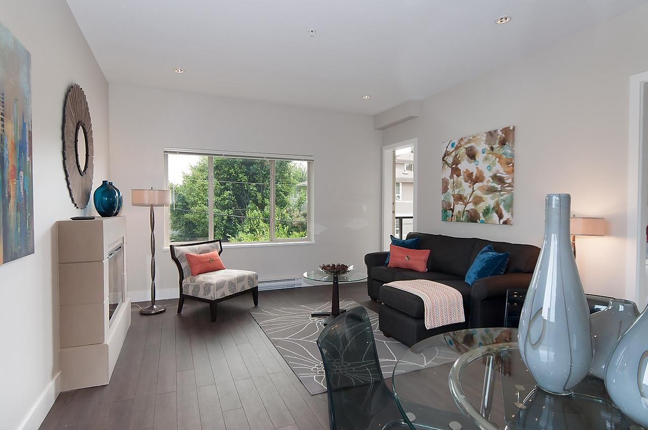 """Photo 11: Photos: 205 1273 MARINE Drive in North Vancouver: Norgate Condo for sale in """"THE IVY"""" : MLS®# R2116116"""