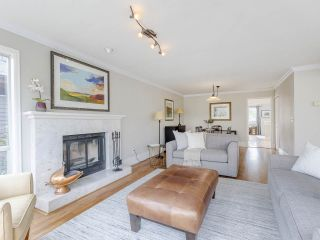 """Photo 18: 4228 W 11TH Avenue in Vancouver: Point Grey House for sale in """"Point Grey"""" (Vancouver West)  : MLS®# R2542043"""