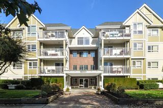 "Photo 2: 307 20189 54 Avenue in Langley: Langley City Condo for sale in ""CATALINA GARDENS"" : MLS®# R2512331"