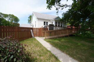 Photo 1: 117 3rd Street in Oakville: House for sale : MLS®# 202115958