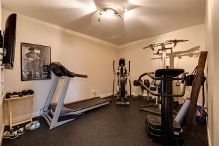 Photo 39: 8 OAKHILL Place: St. Albert House for sale : MLS®# E4241809