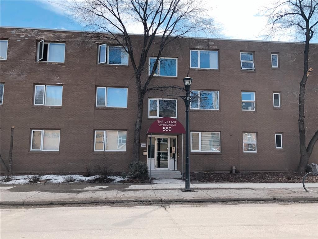 Main Photo: 2 550 Corydon Avenue in Winnipeg: Crescentwood Condominium for sale (1B)  : MLS®# 202101192