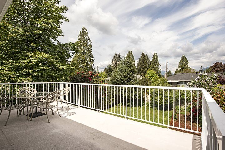 Photo 17: Photos: 1327 BRISBANE Avenue in Coquitlam: Harbour Chines House for sale : MLS®# R2061600