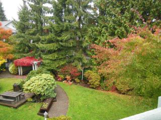 """Photo 16: 311 1150 LYNN VALLEY Road in North Vancouver: Lynn Valley Condo for sale in """"The Laurels"""" : MLS®# R2216205"""