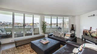 "Photo 4: 202 1600 HOWE Street in Vancouver: Yaletown Condo for sale in ""Admiralty"" (Vancouver West)  : MLS®# R2562661"