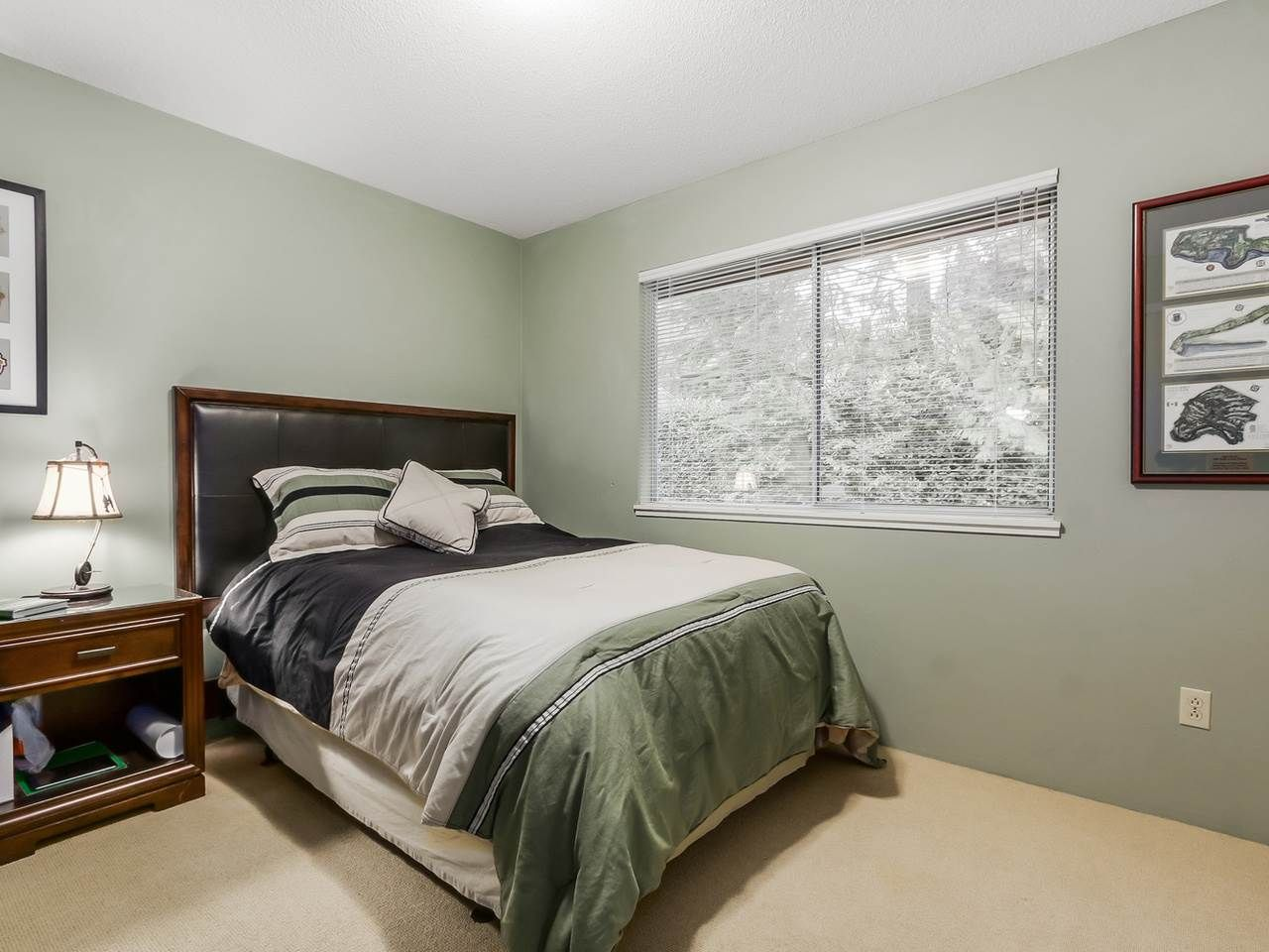 """Photo 13: Photos: 4560 MAPLERIDGE Drive in North Vancouver: Canyon Heights NV House for sale in """"Canyon Heights"""" : MLS®# R2034800"""