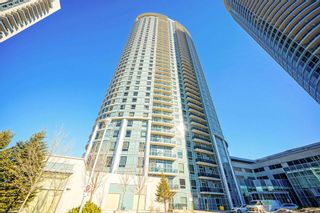 Photo 4: 726 135 Village Green Square in Toronto: Agincourt South-Malvern West Condo for sale (Toronto E07)  : MLS®# E5128777