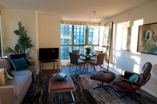 Photo 11: 2001 1238 MELVILLE STREET in Vancouver: Coal Harbour Condo for sale (Vancouver West)  : MLS®# R2051122