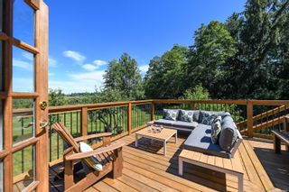 Photo 2: 978 Sand Pines Dr in : CV Comox Peninsula House for sale (Comox Valley)  : MLS®# 879484